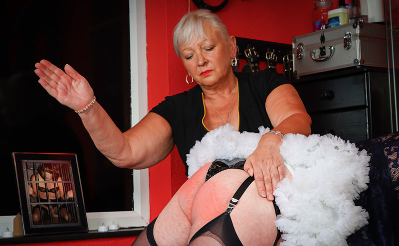 Coventry Mistress Paula